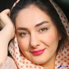 ♥♥♥♥ Every picture of Hanieh is just awesome! Beautiful Iranian Women, Most Beautiful Indian Actress, Iranian Beauty, Muslim Beauty, Beautiful Girl Photo, Cute Girl Photo, Arabian Beauty Women, Persian Beauties, Massage Girl
