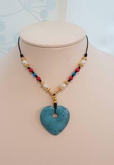 Quiero compartir lo último que he añadido a mi tienda de #etsy: Turquoise Necklace Heart. Collar de Colgante de Corazón. Regalo de San Valentín. http://etsy.me/2Dnu2qH #joyeria #collar #azul #no #mujer #amoryamistad #corazon #compromiso #boho