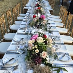 Reception seating at Legare Waring House, Charleston SC. Wedding Planner: Mac & B. Events www.macandbevents.com Florist: Stems of Dallas www.stemsofdallas.com