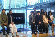 NHKスペシャルの新シリーズ「ネクストワールド 私たちの未来」の発表会が12月2日、日本科学未来館で開催された。全5回にわたって最新テクノロジーと近未来を紐解くシリーズ番組で、ナビゲーターは神木隆之介。2015年1月3日の初回は、サカナクション、アンリアレイジ、ライゾマティクスの3組のクリエイターが競演し、2045年をイメージした近未来ライブショーを生放送する。