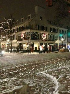 PENN STATE – CAMPUS – State College on a snowy winter's night