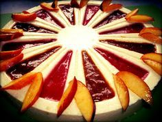 Túrótorta Zila formában gyümölcsszósszal - sütés nélkül