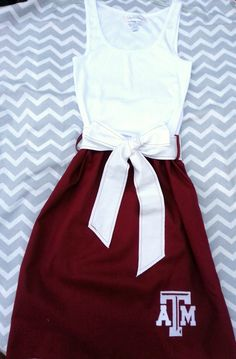 Texas A&M Aggies Skirt For Gameday -- Skirts are definitely in this #FootballSeason! | Skirt available on Etsy.com