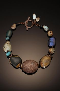 http://chriscarlsonjewelry.weebly.com/je welry-galleries.html Ничего не буду… Love the toggle work.. Gotta try this!