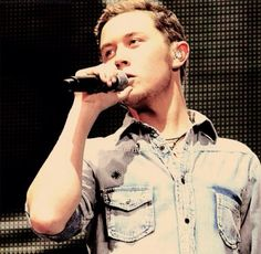 Scotty McCreery (yes i put him in my dream home on purpose <3 )