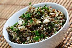 Spinach and Feta Quinoa Salad. Again minus the feta and awesome. Kale Quinoa Salad, Quinoa Salad Recipes, Vegetarian Recipes, Healthy Recipes, Quinoa Diet, Quinoa Meals, Lentil Salad, Feta Salad, Easy Recipes