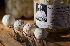 Underbart goda yoghurtbollar från Nablus Mejeri i Malmö. Chili, Stuffed Mushrooms, Vegetables, Drinks, Food, Stuff Mushrooms, Drinking, Beverages, Chile