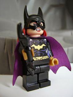 Toyriffic: Bootleg LEGO Batgirl :: ShengYuan Herd Series