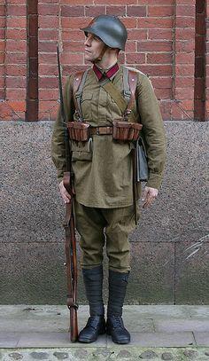 1936-1940 Soviet Red Army enlisted infantrymen's summer field uniform.