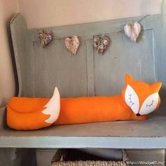 Felt Fox Draught Excluder by Florenceandthefox on Etsy. Door Draught Stopper, Draft Stopper, Door Stopper, Sewing Toys, Sewing Crafts, Sewing Projects, Diy Projects, Fox Crafts, Fox Decor