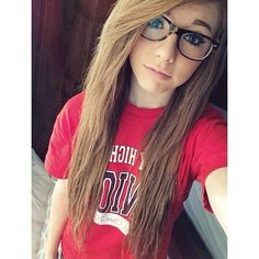 hi im taylor i do volly ball cheer gymnastics and dance my brother is taylor and my sis is brooke 17 and single