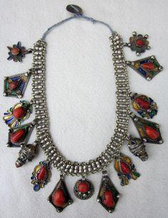 Africa   Old 'Achrour' Kabyles necklace.  Silver, enamel, Mediterranean coral.   From Beni Yenni, Great Kabylia   © Ait Ouakli. achetée en kabylie et passé pas mal de temps pour la restaurer