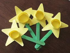 Here is a another simple springtime craft to do with the kids!