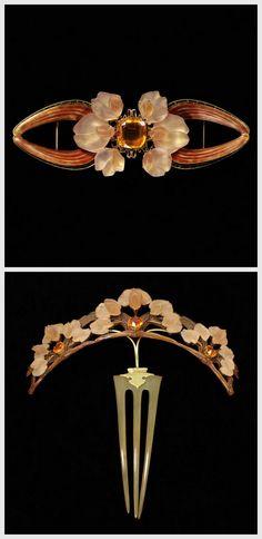 René Jules Lalique. Figure 1: Bodice ornament 1903-4. . Figure 2: Tiara comb 1903-4. Gepind door: www.sieradenschilderijenatelierjose.com