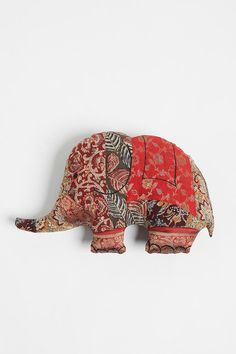elephant patchwork pillow, diy from urbanoutfitters