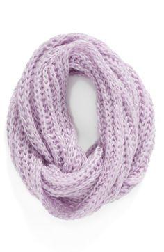 BCBG Scribble Loop' Knit Infinity Scarf #BCBG #nordstorm #knittinginspiration #KIY #kitityourself #circlescarf #bigknit #easyknit #loseknit #knitpurl