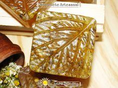 Sabonete de Camomila Soap Making, Decorative Boxes, Tray, How To Make, 1, Handmade Soaps, Line, Nature, The Oatmeal