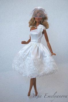 Bridal Gowns, Wedding Gowns, Barbie Wedding Dress, Bride Dolls, Little Doll, Pretty Dolls, Barbie Clothes, Fashion Dolls, Beautiful Outfits