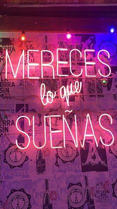 Inspirational Phrases, Motivational Phrases, Positive Phrases, Positive Quotes, Home Design, Stranger Things 4, Neon Quotes, Photo Wall Collage, Spanish Quotes
