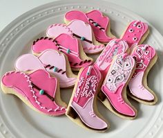 Girly Western Themed Cookies by Peapods theme party food recipe Cut Out Cookies, Iced Cookies, Cute Cookies, Cupcake Cookies, Cupcakes, Sugar Cookies, Pink Cookies, Cowboy Party, Horse Party