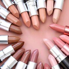 Mac Nicki Minaj Lippenstifte 2017 - Make Up Welt - Lipstick Make Up Kits, Skin Makeup, Makeup Lipstick, Nude Lipstick, Korean Lipstick, Mac Cosmetics Lipstick, Lipstick Shades, Flawless Makeup, Makeup Brands