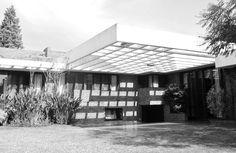 Clásicos de Arquitectura: Casa Garibay / Jorge Scrimaglio (1)