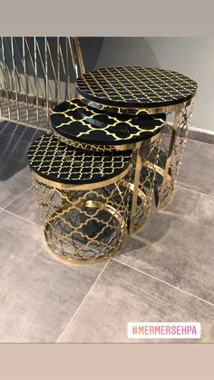 So beautiful welding art example, which looks incredibly perfect! Geometric Furniture, Marble Furniture, Iron Furniture, Steel Furniture, Deco Furniture, Furniture Design, Simple Bedroom Decor, Modern Bedroom Design, Home Room Design