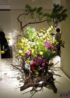 「 第94回 草月いけばな展 「花ときめき」(前期)-6 」の画像|草月流生け花とフラワーアレンジブログ -Ikebana, Икэбана-|Ameba (アメーバ)