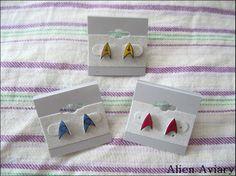 Star Trek Emblem Earrings by thealienaviary on Etsy, $6.00