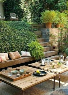 Charlie McCormick's tips for planting a balcony garden Will you covet Ben Pentreath's Georgian parsonage in Dorset? Properly, be sure to also check out his Bloomsbury toned. Its accompanying balcony garden is lovingly tended by Ben's partne… Outdoor Rooms, Outdoor Gardens, Outdoor Living, Outdoor Decor, Backyard Patio, Backyard Landscaping, Sloped Backyard, Landscaping Ideas, Terraced Backyard