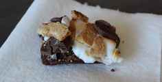 S'more Brownies with Mini Peanut Butter Cups | A Hoppy Medium