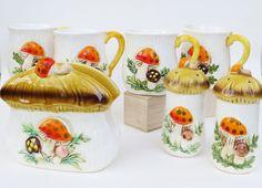 c1978+Merry+Mushroom+Mugs+Napkin+Holder+Salt+by+ThirdFloorRetro,+$25.00 for Emily