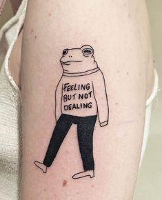 Lila Tattoos, Frog Tattoos, Dainty Tattoos, Bad Tattoos, Funny Tattoos, Pretty Tattoos, Body Art Tattoos, Small Tattoos, Tattoos For Guys