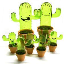 glazen cactussen. fused glass cactus. www.pazzoglas.nl