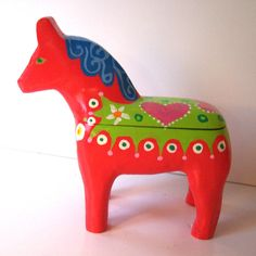 Swedish Dala Horse Box Red. via Etsy by GoodWoodDogs.