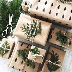 Last minute Christmas Gift Wrapping Ideas using twine Christmas Gift Wrapping, Diy Christmas Gifts, Winter Christmas, All Things Christmas, Holiday Gifts, Christmas Decorations, Christmas Cookies, Christmas Packages, Christmas Truck