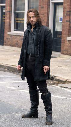 Tom Mison as Ichabod Crane in Sleepy Hollow, 2013.......I think Ichabod needs a motorcycle....just sayin