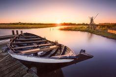 Der Tag erwacht über Nymindegab (Jütland), Boot, Dämmerung, Dänemark, Hafen, Nordsee, Nymindegab, Sonnenaufgang, Steg, Jütland