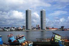 """Recife! """"Torres Gêmeas"""". 'Rio Capibaribe'. Cidade do SPORT CLUB DO RECIFE(www.sportrecife.com.br). Estado de Pernambuco, Brasil."""