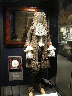 Wedding suit of James II of England, 1673, Victoria and Albert Museum No. 2-1995 T.711:1