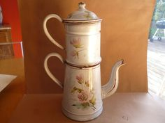 GRANDE ANCIENNE CAFETIERE EN TOLE EMAILLE OLD FRENCH COFFEE JUG ENAMELED