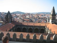 Vista del Claustro del Palacio de Fonseca desde los tejados de la Catedral. Santiago de Compostela