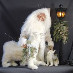 Stone Soup Santas creates one-of-a-kind, collectable handcrafted Santa figures, with joyful, lifelike faces. Our small Santas are perfect for your table… Father Christmas, Christmas Art, White Christmas, Vintage Christmas, Christmas Decorations, Holiday Decorating, Christmas Ideas, Mrs Claus, Santa Clause