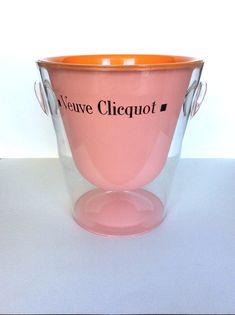 Veuve Clicquot rose ice bucket. #vintageicebucket #pink #wedding #pinkwedding #vintagewedding #vintagechampagnebucket #veuvecliquot #champagne Champagne Gifts, Champagne Buckets, Veuve Cliquot, French Kitchen, Jar Storage, Fun Drinks, Crock, Dinnerware, Bubbles