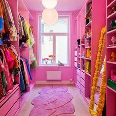 Pink Closet, Pink Wardrobe, Old Room, The Blonde Salad, Wardrobe Storage, Pink Room, Pink Design, Elle Decor, Room Interior