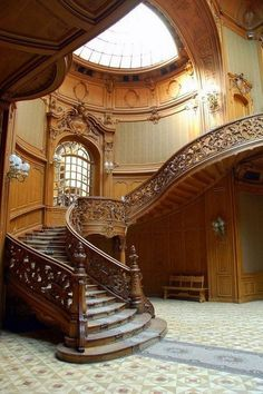 best classic staircase design for your home 3 Related Wooden Staircases, Wooden Stairs, Stairways, Grand Staircase, Staircase Design, Staircase Diy, Stair Design, Beautiful Interiors, Beautiful Homes