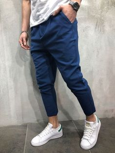 Premium ankle pants for your next outfit! Available in 6 Colors Black Dark gray Blue Cream Light gray White Looks great with a casual T-shirt and sneakers Check it out! Blue Trousers Outfit, Blue Pants Men, Joggers Outfit, Men Trousers, Dark Blue Pants, Suit Pants, Trouser Pants, Jeans Dress, Estilo Vans