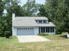 Cute #white home in North Chesterfield, #Virginia #zipinrichmond