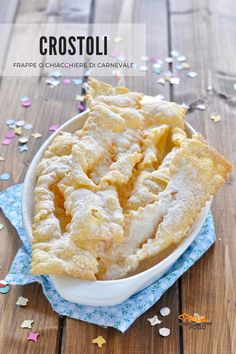 My Favorite Food, Favorite Recipes, Croissant Recipe, Biscotti Cookies, Romanian Food, Cannoli, Mini Desserts, Sweet Treats, Food And Drink