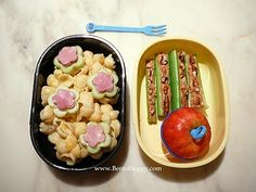 from Bentobloggy.com - cute and healthy lunches!